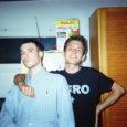 """Nostalgia urbana ci piace chiamarla più che retrosceni """"barocchi"""" del indie-pop. La bellezza per il duo composto da Leonardo Antinori e Marco Bertuccioli di Gabicce significa semplicità. Ed infatti è […]"""