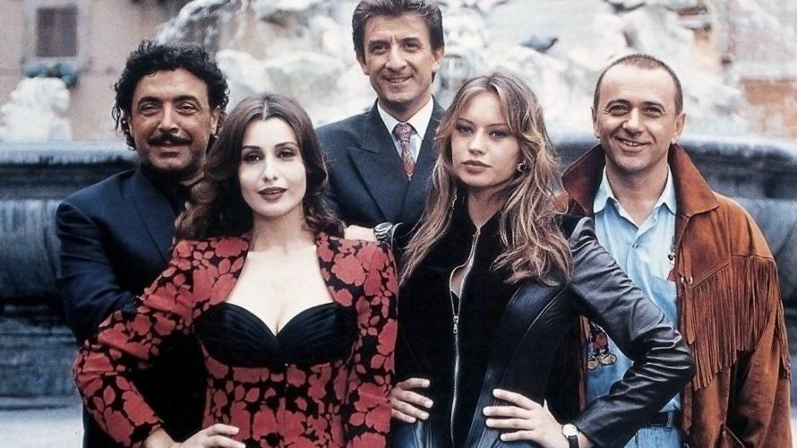 Nel mezzo degli anni Novanta, proprio quando il magnate dell'industria televisiva Silvio Berlusconi scese in politica, la commedia italiana cercò di prendere la palla al balzo e di raccontare a […]