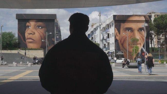 Tornano a pubblicare un brano inedito i Napoli Milionaria. Il misterioso trio Tra-Partenopeo, di stanza in un imprecisato luogo tra la Francia e la Svizzera, ha suscitato clamore con il […]