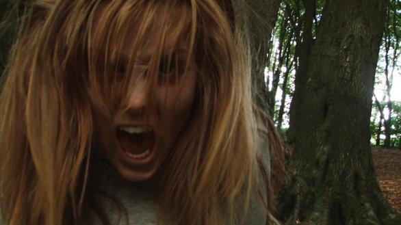 Prosegue la proposta di cinema a casa di CG Entertainment: sul canale Youtube della società è ora disponibile in visione gratuita The hounds, il film horror di Maurizio Del Piccolo: […]