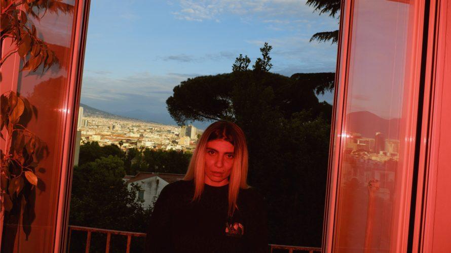 Da Blonde, al secolo Daniela Napoletano, è una cantautrice napoletana originaria della zona universitaria. Oltre ai natali il suo legame con la città è stato consacrato negli anni da numerose […]