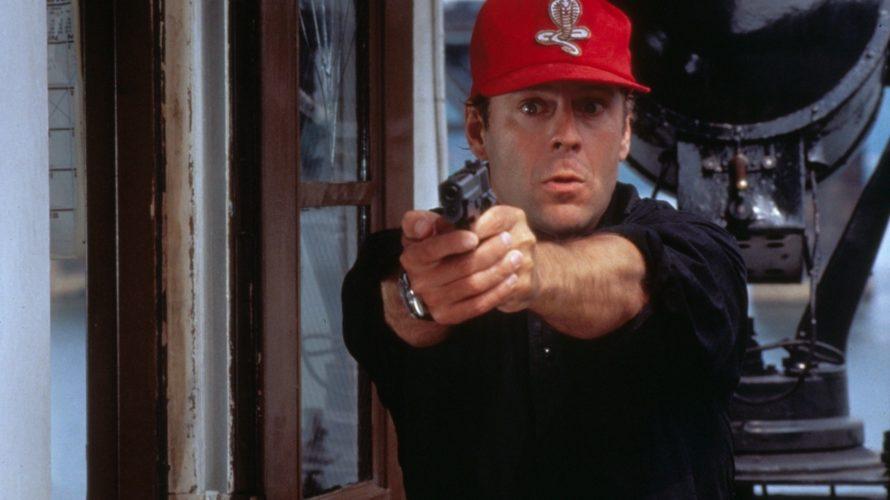 Nel 1993, dopo aver contribuito alla rivoluzione del cinema d'azione grazie alla serie Die hard e aver preso parte ad un pugno di pellicole di svariati generi, dall'action comedy Hudson […]