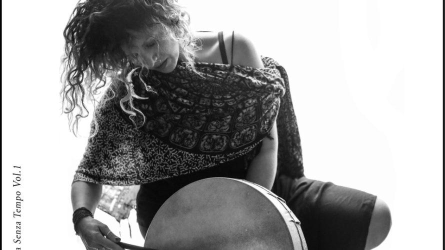 """Monica Marra, nata a Napoli nel 1977, è stata definitavoce mantradella musica napoletana. Inzia la carriera solista con la corale""""Gli Angeli"""", esibendosi inVATICANOdinanzi al Papa Giovanni Paolo II anno nel […]"""