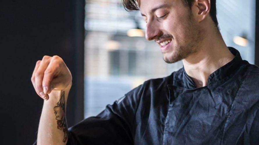 Nicola Pepe, una carriera già scritta nel suo nome. Vincitore dell'edizione 2018 diHell's Kitchen Italia, presentata daCarlo Cracco. L'esuberante personaggio, protagonista delcooking showdiSky 1, per la Fase due, ha deciso […]