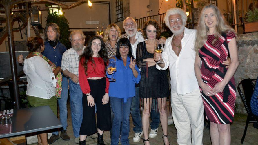 Doppi festeggiamenti per il grande successo del documentario di Luca Verdone dedicato a Sergio Leone che si è svolto alla Casa del Cinema, accolto dal Direttore Giorgio Gosetti e dal […]