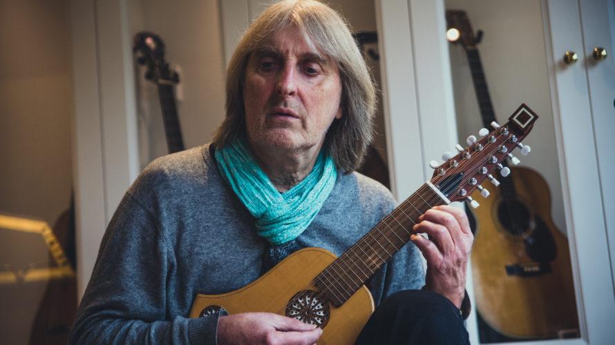 L'inconfondibile e sognante chitarra di Anthony Phillips è il fulcro intorno al quale ruota il cofanetto Missing Links I- IV (release 27-11-2020 su etichetta Esoteric Recordings), un tuffo nel passato […]