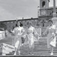 Inizia CinemUp, il primo festival cinematografico negli spazi condominiali di Roma, ideato da Maya Vetri e dall'Associazione Ex Allievi del Centro Sperimentale di Cinematografia. Quattro le serate, 24/ 26/ 30 […]