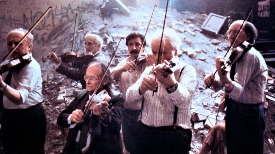 Disponibile su RaiPlay, in versione restaurata, Prova d'orchestra, un film del 1979 diretto da Federico Fellini. Fellini definì un filmetto quella che è, a tutti gli effetti, un'opera che s'inserisce […]