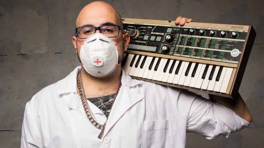 """""""Pazienti"""" è il titolo del nuovo album del produttore e beatkmaker romano Dr. Wesh, da venerdì 25 settembre in tutte le piattaforme digitali pubblicato da La Grande Onda. """"Pazienti"""" è […]"""