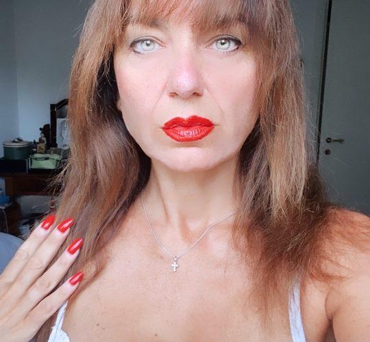 Tatiana Briani, benvenuta su Mondospettacolo, come stai innanzitutto? Ciao Alessandro, grazie per l'intervista, è un vero piacere, io sto benissimo. Su Instagram sei molto attiva, pubblichi foto molto sexy e […]