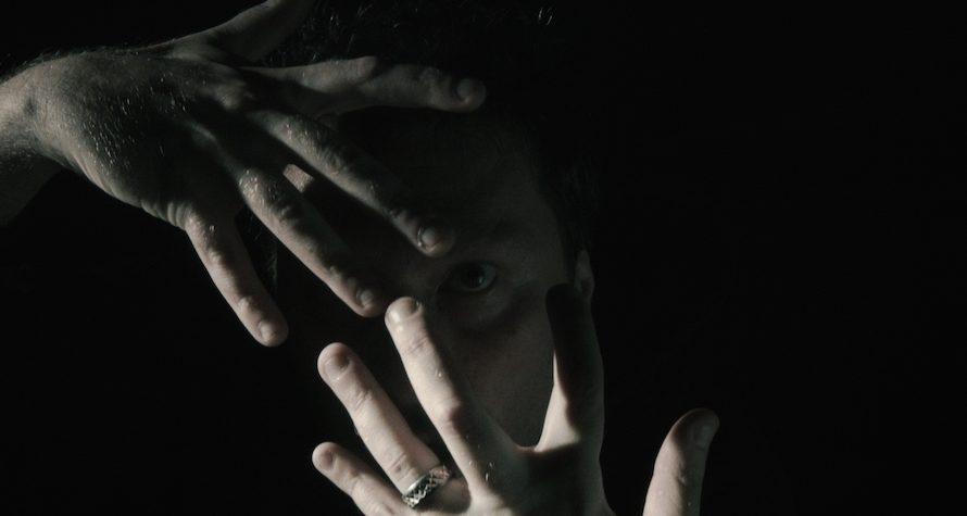 """Esce il video di""""Deep""""diAntgul, produttore musicale di edm originario di Pomigliano d'arco(NA) e ora residente a Los Angeles dove svolge anche attività di direttore della fotografia cinematografica e montatore video. […]"""