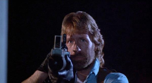 Koch Media rende disponibile il cofanetto in alta definizione costituito da quattro dischi Chuck Norris collection, che, come è intuibile, intende rendere omaggio all'eroe dell'action su celluloide che nell'era dei […]
