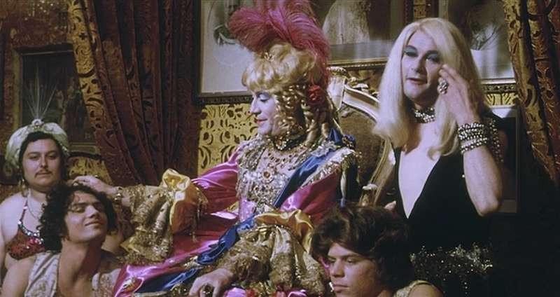 Personaggio che ha militato nel nostro cinema in qualità di attore secondario, se non proprio di caratterista vero e proprio, Vittorio Caprioli è stato in fin dei conti un artista […]