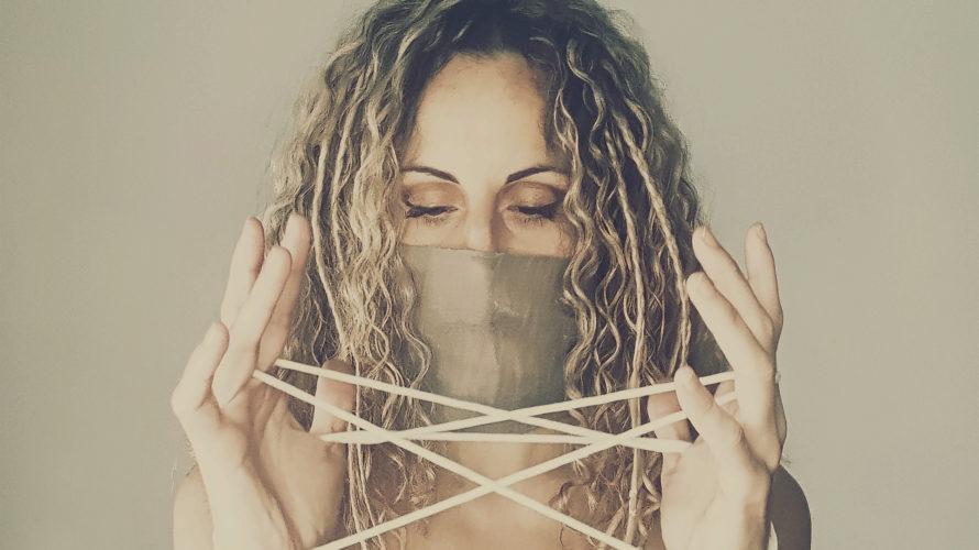 """"""" Sospesi """", il primo singolo in italiano di SISTA per Mad Records, è in radio dal 29 gennaio accompagnato da un elegante videoclip su YouTube Lo stile musicale e […]"""