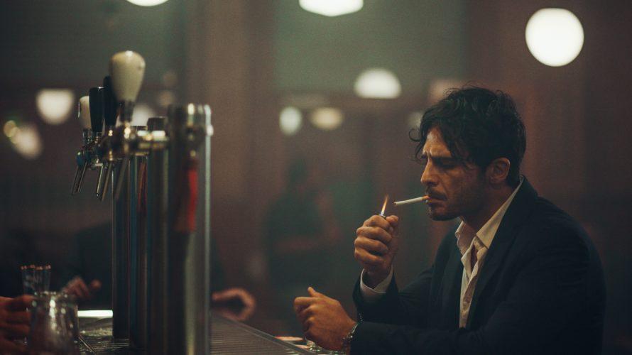 Dopo essere stato presentato fuori concorso alla trentottesima edizione del TFF – Torino Film Festival, approda sulle principali piattaforme TVOD Calibro 9, la nuova pellicola di Toni D'Angelo, regista del […]