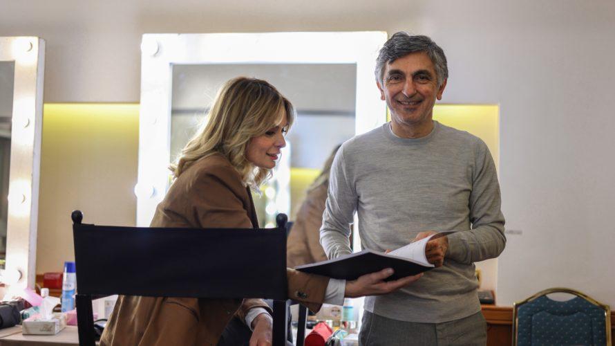 Sono iniziate oggi, lunedì 25 Gennaio 2021 a Napoli, le riprese di Con tutto il cuore, il nuovo film di Vincenzo Salemme. Il film vede come protagonisti principali Vincenzo Salemme, […]