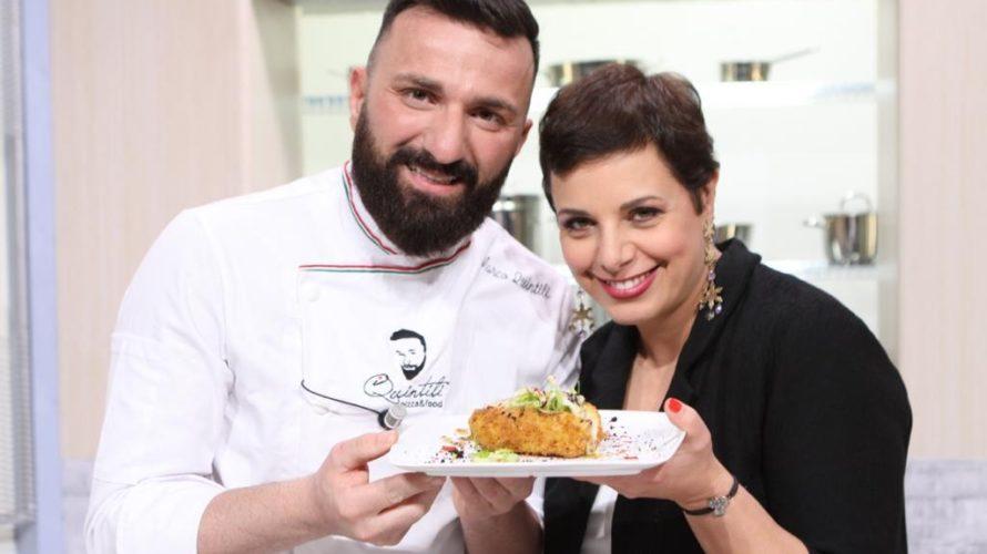 Il maestro pizzaiolo Marco Quintili è stato ospite della trasmissione Cuochi e Dintorni con una video ricetta dal gusto eccezionale, una crocchetta con puntarelle e alici molto particolare. Ogni giorno […]