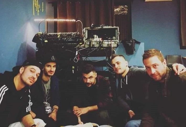 """""""I Atto Lo Scontro"""" è il titolo del nuovo EP della formazione pugliese No Fang, da venerdì 22 gennaio in tutte le piattaforme digitali e vinile limited edition pubblicato da […]"""