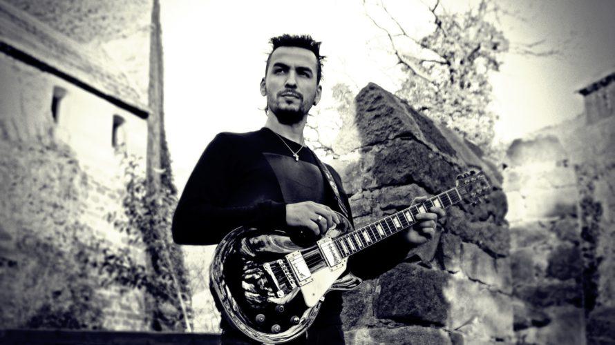 """""""Tunnel of Dreams"""", tradotto in italiano """"Tunnel dei sogni"""", è il secondo album realizzato da Francesco Montanile, chitarrista-compositore bolzanino di origini irpine. L' album conterrà 10 tracce strumentali caratterizzate da […]"""