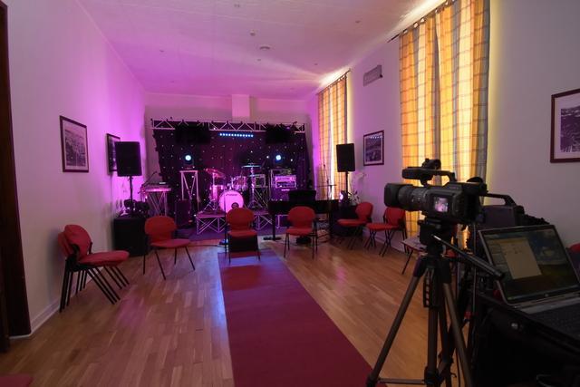 Il Caffè degli Artisti di Alfonso Stagno, programma in onda su Odeon ogni Lunedì a partire dalle ore 22, vive pienamente la settimana del Festival Internazionale della Canzone Italiana di […]