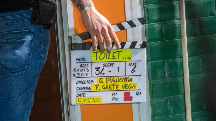 Sono terminate da pochi giorni le riprese di Toilet, film scritto, diretto ed interpretato da Gabriele Pignotta, protagonista unico sullo schermo, commediografo teatrale prolifico di commedie di grande successo, al […]