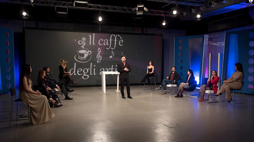 Torna Il Caffè degli Artisti di Alfonso Stagno condotto da Antonio Delle Donne con la presenza di Sylvie Lubamba e tanti ospiti tra cui il manager dello spettacolo Antonio Desiderio, […]