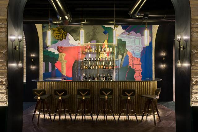 In vista delle prossime riaperture, il Chapter Roma rilancia le proprie ambizioni di polo dell'alta miscelazione italiana scegliendo Joy Napolitano come nuovo Bar Manager e lanciando il rooftop con vista […]