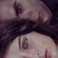 Primo romanzo di una trilogia concepita dalla compianta Chiara Palazzolo tra il 2005 e il 2007, Non mi uccidere poggia curiosamente su un mix di storia d'amore giovanile e horror […]