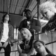 Il quintetto di Los Angeles — Finnegan Bell [voce solista, chitarra], Ryan Stevens [basso, cori], Daniel Alcala [chitarra, cori], Samson Young [ batteria, cori] e Cory Batchler [tastiere, , cori] […]