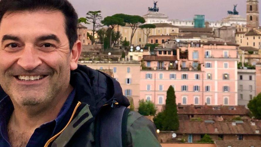 Max Giusti trascina sul suo terreno di gioco preferito, quello del divertimento, i top player azzurri. Con un pizzico di emozione. E un irriverente test di cattiveria. #ItaliansDoItBetter Nel faccia […]