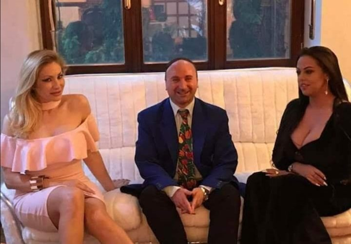 Amici e amiche di Mondospettacolo, sono Sabrina Ice la vostra affezionatissima porno-red-attrice🤣, oggi intervisterò per voi Max Biondi, proprietario della casa di produzione Napolsex Production. Nella foto Max Biondi e […]