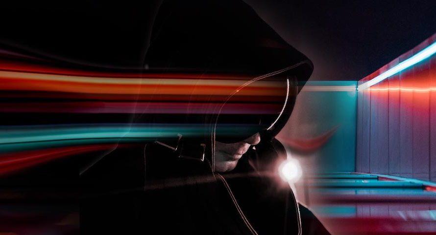 """E' uscito il nuovo singolo dell'eclettico the.kid, un'onda electro che ci trasporta in mondi lontani. The.kid (alias Dante Delli) pubblica """"Into the Sound"""", un nuovo brano che anticipa l'uscita dell'omonimo […]"""