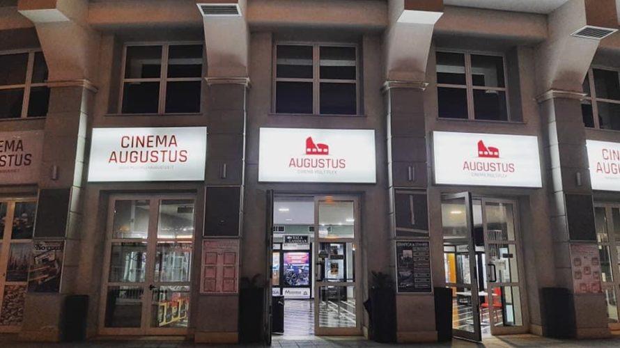 """Al CINEMA MULTIPLEX AUGUSTUS DI VELLETRI CON IL PRIMO MATTINEE PER LE SCUOLE IN ITALIA RIPARTENZA CON LA PRESENZA DI 100 STUDENTI per il film """"GLASSBOY"""" Un racconto di formazione […]"""