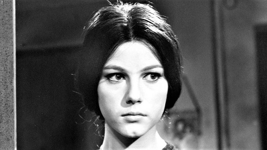 Stasera in tv su Rai Storia alle 21,10 Sedotta e abbandonata, un film del 1964 diretto da Pietro Germi. La pellicola fa parte di una trilogia iniziata con Divorzio all'italiana […]