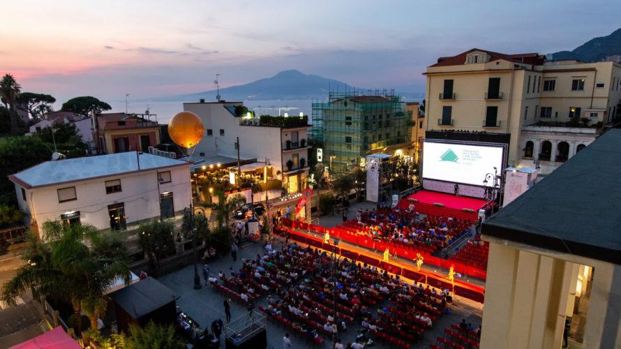 La 11esima edizione della Mostra Internazionale del Cinema Social si terrà dall'11 al 18 luglio a Vico Equense: 19 sezioni tra concorso e fuori concorso Sarà dedicata a Marcello Mastroianni […]