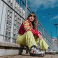 """È disponibile su tutte le piattaforme digitali """"Ex"""" (Cosmophonix Artist Development), il singolo d'esordio dell'eclettica e brillante Kefàli. Cantautrice, scrittrice, attrice, produttrice teatrale e direttrice artistica, la giovane e poliedrica […]"""