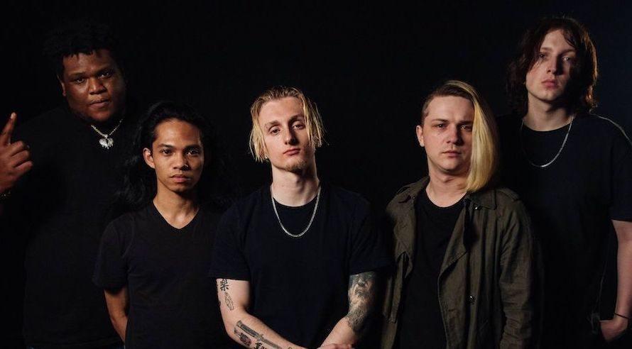Continua il periodo ricco di produzioni per gli americani Love Ghost che stavolta, in collaborazione con il produttore Mike Summers, portano alla luce Cocoon, il loro nuovo brano alternative rock […]