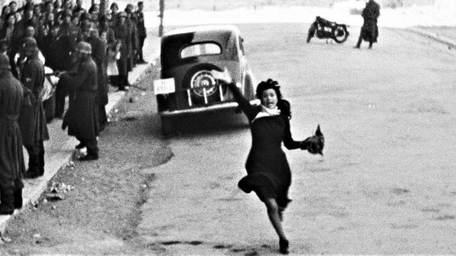 Stasera in tv su La7 alle 22,45 Roma città aperta, un film del 1945 diretto da Roberto Rossellini. È una delle opere più celebri e rappresentative del neorealismo cinematografico italiano. […]