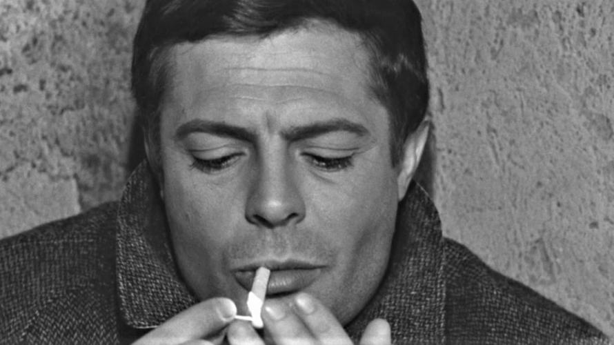 Stasera in tv su Rai Storia alle 21,10 L'assassino, un film del 1961 diretto da Elio Petri, al suo esordio alla regia. Prodotto da Franco Cristaldi, scritto e sceneggiato da […]