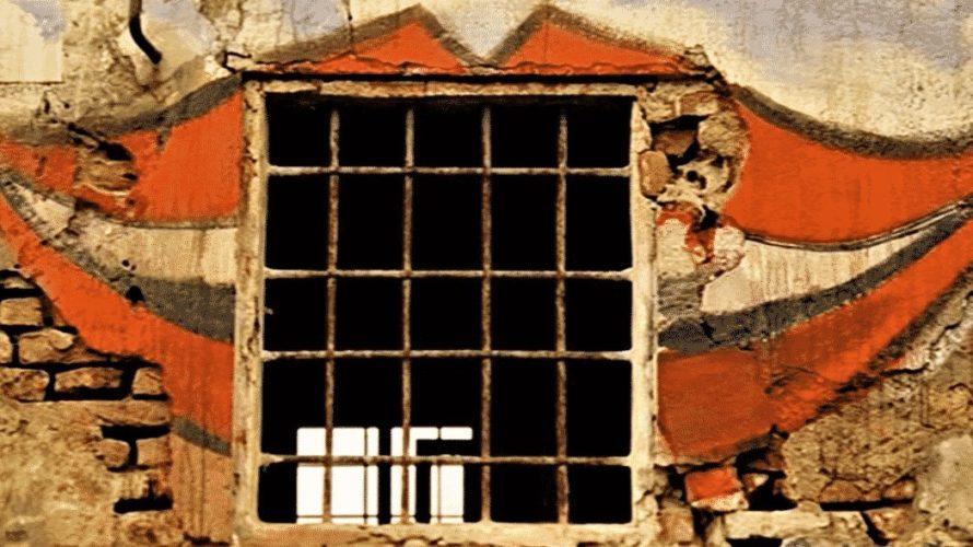 Stasera in tv su Cine34 alle 01,00 La casa dalle finestre che ridono, un film del 1976 diretto da Pupi Avati. La sceneggiatura fu scritta dal regista con il fratello […]