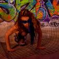 Amici di Mondospettacolo sono Chiara Pavoni (Attrice e Modella). Questa volta vi voglio condurre in un viaggio nell'oscuro, nell'ignoto, nei desideri più nascosti, nei vostri desideri sessuali, lontano da una […]