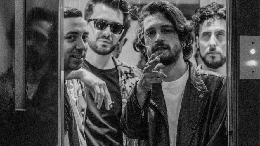 Ma che palle, fuori ora il nuovo video di ULTRANOIA BIOGRAFIA Ultranoiasono quattro amici,Marco, Alessio, Andrea, Gigiche si sono ritrovati a creare musica insieme, nel 2019, a Caserta. L'amicizia che […]