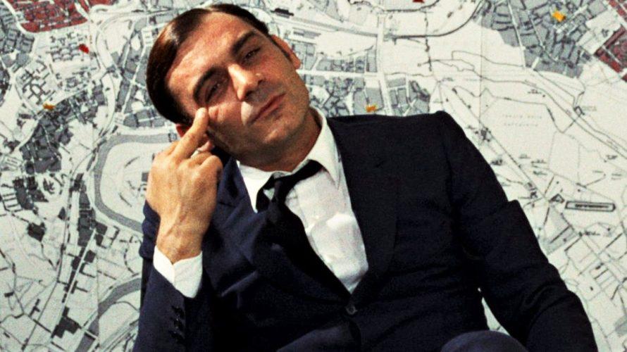 Stasera in tv su La7 alle 23,15 Indagine su un cittadino al di sopra di ogni sospetto, un film del 1970 diretto da Elio Petri ed interpretato da Gian Maria […]