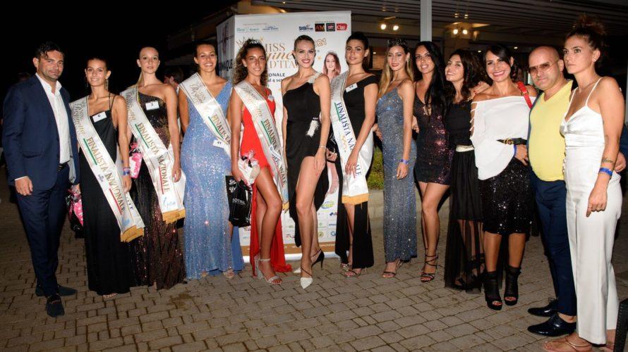 Grande festa lungo la piscina del Faboulous Village, imponente struttura a Roma Sud, dove si è svolta la finale regionale del Lazio di Miss Reginetta d'Italia, concorso nazionale di bellezza […]