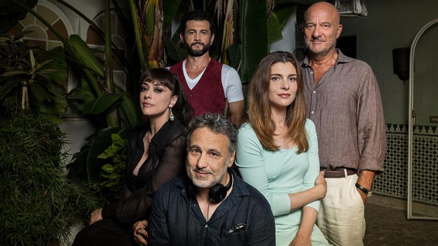 Sono in corso a Roma le riprese di Vicini di casa, il nuovo film di Paolo Costella, che ne firma la sceneggiatura insieme a Giacomo Ciarrapico. Nei panni dei protagonisti […]