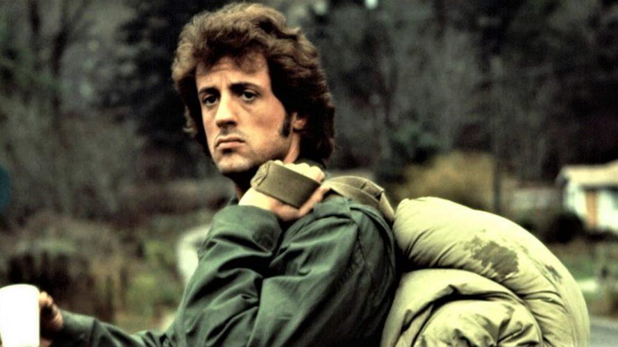 Stasera in tv su Italia 1 alle 21,20 Rambo (First Blood), un film del 1982 diretto da Ted Kotcheff. La pellicola, con protagonista Sylvester Stallone, è l'adattamento cinematografico del romanzo […]