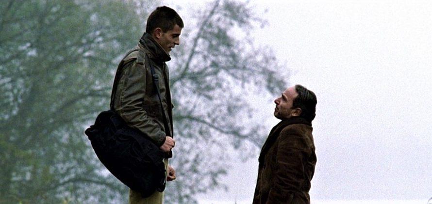 Stasera in tv su Rai 5 alle 22,15 L'imbalsamatore, un film del 2002 diretto da Matteo Garrone, presentato nella Quinzaine des Réalisateurs al 55º Festival di Cannes. Il film riprende […]