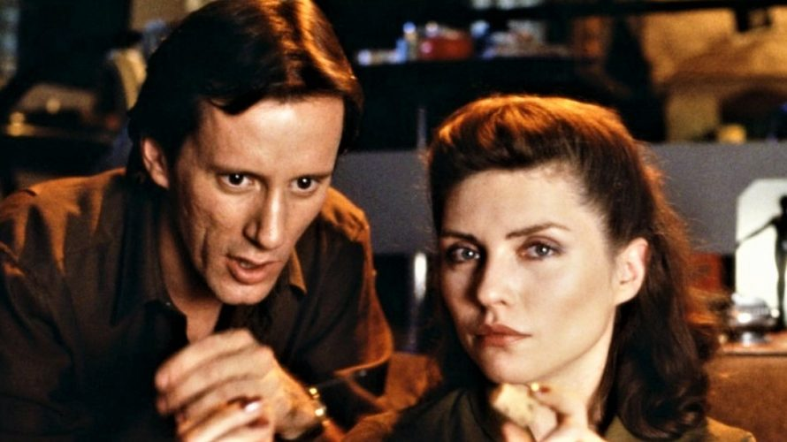 Stasera in tv su Mediaset Italia 2 alle 21,15 Videodrome, un film del 1983, scritto e diretto da David Cronenberg. Come altre opere dell'autore, affronta il tema della mutazione della […]